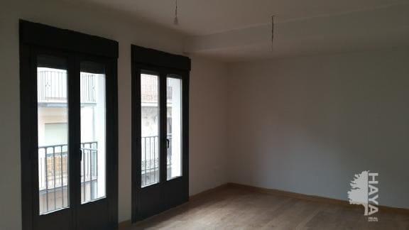 Piso en venta en Riaza, Segovia, Calle Ricardo Provencio, 98.000 €, 3 habitaciones, 2 baños, 134 m2
