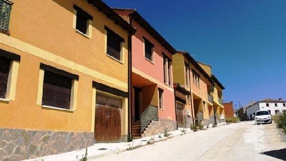 Casa en venta en Armuña, Segovia, Calle Ronda del Molino, 83.000 €, 3 habitaciones, 2 baños, 162 m2