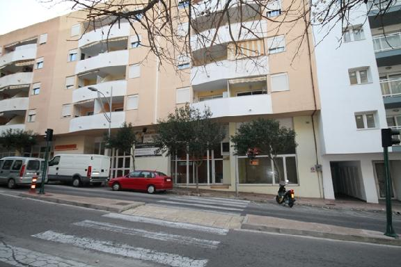 Local en venta en Mahón, Baleares, Calle Vives Llul, 113.000 €, 78 m2