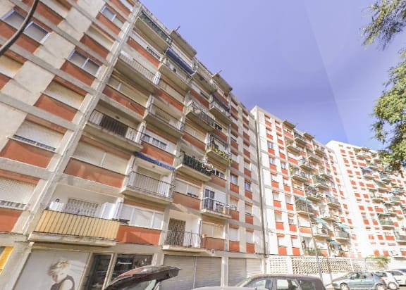 Piso en venta en Barri Montserrat, Reus, Tarragona, Calle D`astorga, 71.297 €, 4 habitaciones, 1 baño, 93 m2