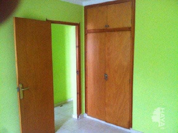 Piso en venta en L` Escala, Girona, Calle Lleida, 60.501 €, 2 habitaciones, 1 baño, 83 m2
