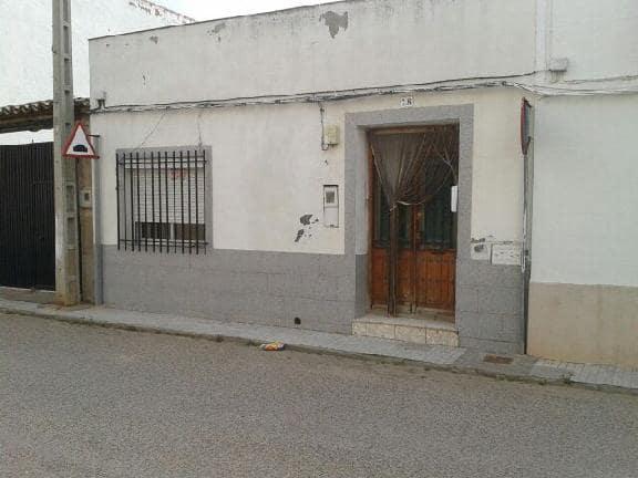 Casa en venta en Torralba de Calatrava, Ciudad Real, Calle Inocente Hervas, 26.264 €, 3 habitaciones, 1 baño, 143 m2