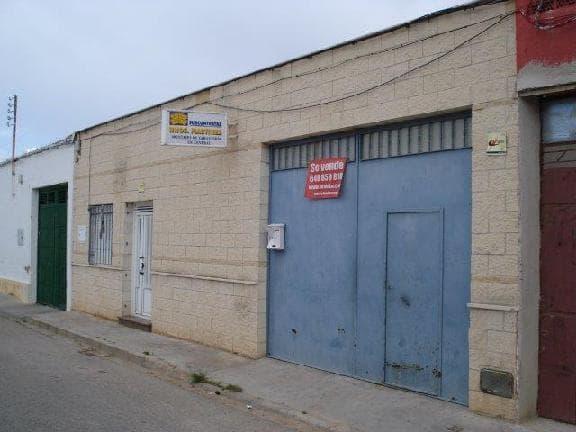 Industrial en venta en Tomelloso, Ciudad Real, Calle Almeria, 44.418 €, 403 m2