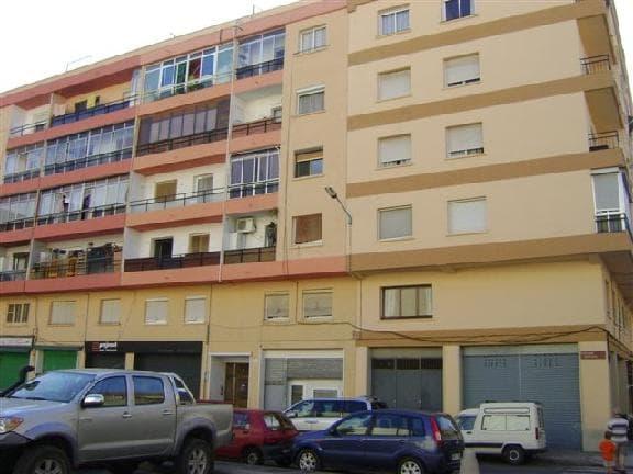 Piso en venta en Reus, Tarragona, Calle Prades, 64.577 €, 3 habitaciones, 1 baño, 85 m2