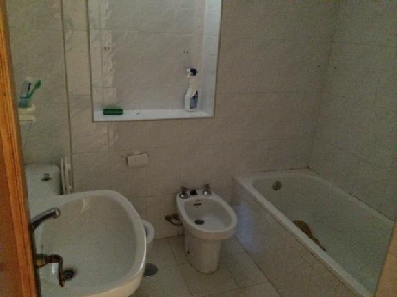 Piso en venta en Ronda del Mar, Estepona, Málaga, Calle Velasco, 77.637 €, 3 habitaciones, 1 baño, 75 m2