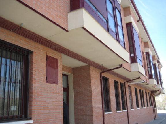 Piso en venta en Mojados, Valladolid, Calle Emperador Carlos I, 45.300 €, 1 habitación, 1 baño, 47 m2