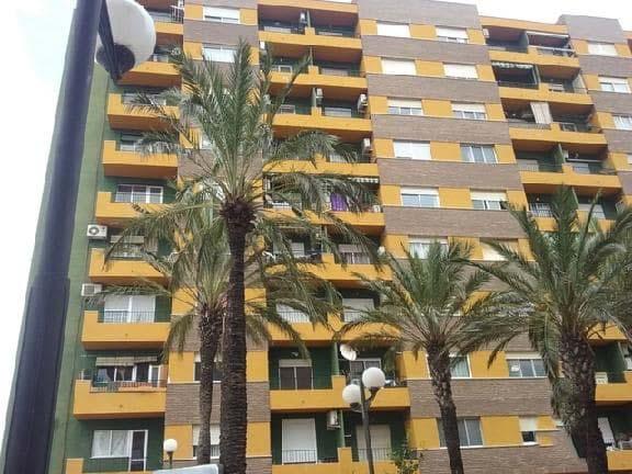 Piso en venta en Alquerieta, Alzira, Valencia, Calle Guillem de Castro, 77.200 €, 4 habitaciones, 2 baños, 147 m2