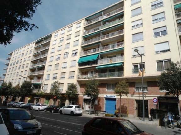 Piso en venta en El Carme, Reus, Tarragona, Avenida Once de Septiembre, 97.000 €, 4 habitaciones, 2 baños, 9999 m2