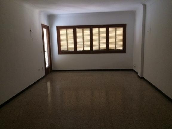 Piso en venta en Inca, Baleares, Calle Reis Catolics, 150.000 €, 3 habitaciones, 2 baños, 123 m2