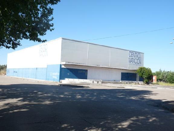 Industrial en venta en Valencia de Alcántara, Cáceres, Calle Santa Barbara (avda. Polideportivo), 278.149 €, 673 m2
