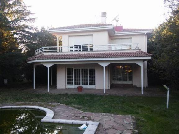Casa en venta en Torrecaballeros, Segovia, Calle la Pozas, 330.050 €, 4 habitaciones, 4 baños, 330 m2
