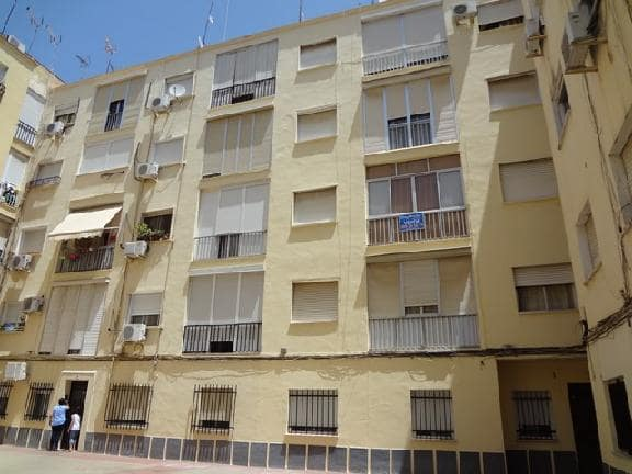 Piso en venta en Huelva, Huelva, Calle Perez Quintero, 55.000 €, 3 habitaciones, 1 baño, 64 m2