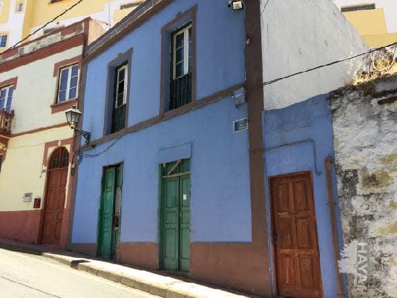 Piso en venta en La Lechucilla, Vega de San Mateo, Las Palmas, Calle Lourdes, 54.500 €, 3 habitaciones, 1 baño, 130 m2