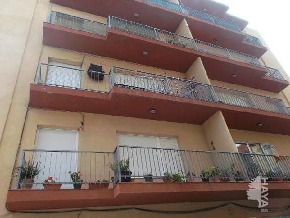 Piso en venta en Figueres, Girona, Calle Salines Les, 109.250 €, 4 habitaciones, 1 baño, 111 m2