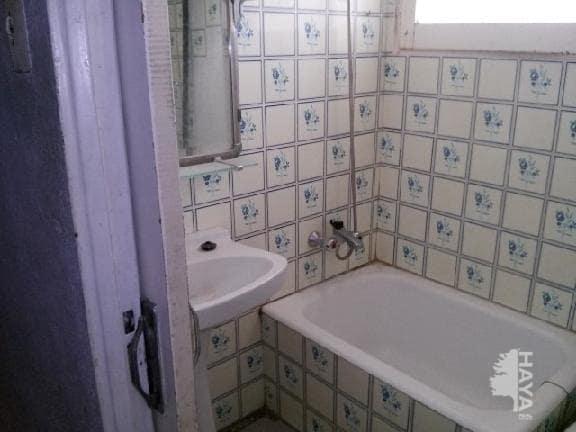 Piso en venta en Piso en Castellón de la Plana/castelló de la Plana, Castellón, 19.990 €, 2 habitaciones, 1 baño, 51 m2