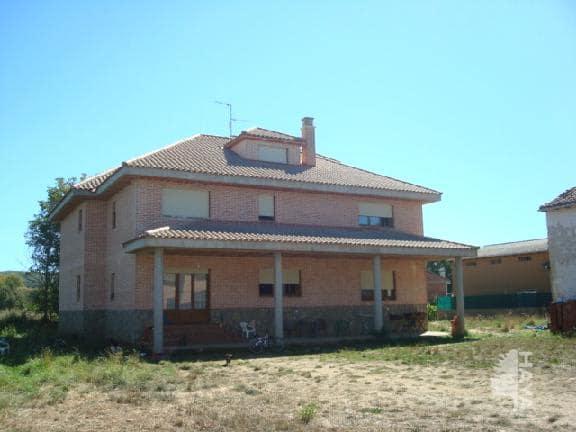 Casa en venta en Cubillas de Rueda, León, Calle la Barrera, 165.000 €, 6 habitaciones, 3 baños, 425 m2
