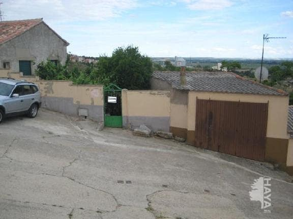 Casa en venta en Toro, Zamora, Calle Cuesta del Matadero, 31.000 €, 3 habitaciones, 1 baño, 80 m2