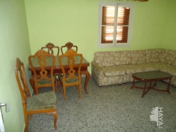 Piso en venta en Los Ángeles, Alicante/alacant, Alicante, Calle Publicista Jose Tari, 43.000 €, 4 habitaciones, 2 baños, 111 m2
