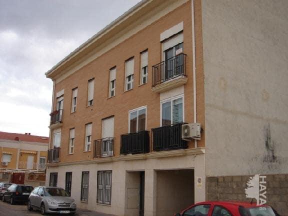 Piso en venta en Alovera, Guadalajara, Calle Valmores, 106.000 €, 2 habitaciones, 1 baño, 93 m2