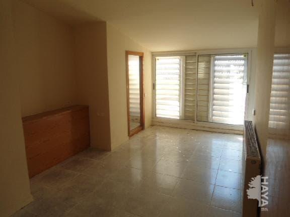 Casa en venta en Calaf, Barcelona, Calle Raval del Carme, 116.000 €, 4 habitaciones, 3 baños, 150 m2