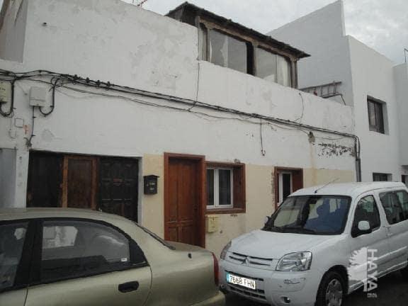 Casa en venta en Arrecife, Las Palmas, Calle Timbayba, 89.000 €, 2 habitaciones, 1 baño, 88 m2