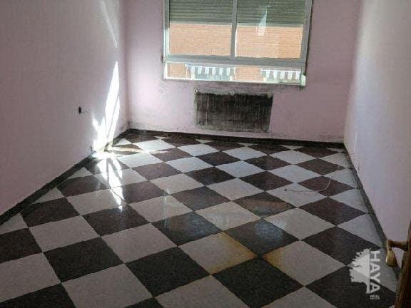 Piso en venta en Albacete, Albacete, Calle Agustina de Aragon, 69.000 €, 3 habitaciones, 1 baño, 105 m2