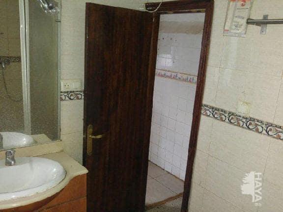 Piso en venta en Piso en Albacete, Albacete, 71.900 €, 3 habitaciones, 1 baño, 102 m2
