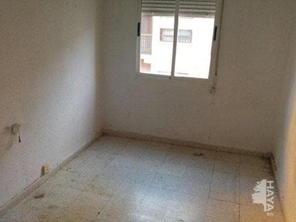 Piso en venta en Piso en Albacete, Albacete, 72.000 €, 3 habitaciones, 1 baño, 102 m2