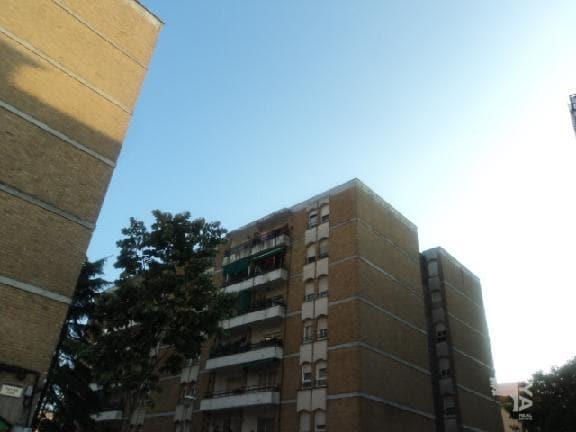 Piso en venta en Salt, Girona, Pasaje Elisenda de Montcada, 50.844 €, 4 habitaciones, 1 baño, 90 m2