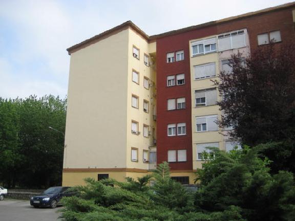 Piso en venta en San Román, Santa María de Cayón, Cantabria, Calle El Puente, 39.568 €, 3 habitaciones, 1 baño, 69 m2