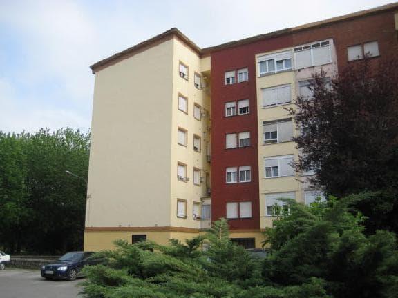 Piso en venta en San Román, Santa María de Cayón, Cantabria, Calle El Puente, 31.654 €, 3 habitaciones, 1 baño, 69 m2