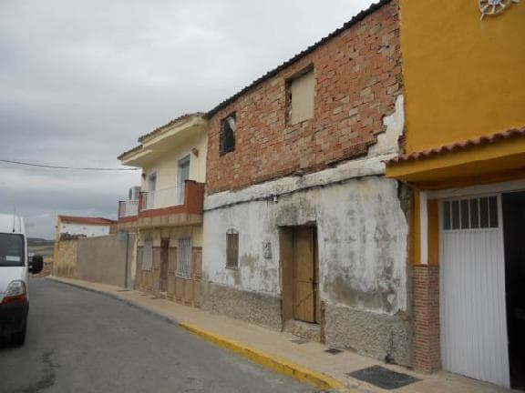 Casa en venta en Mengíbar, Jaén, Calle Comandante Garcia Pintado, 10.817 €, 4 habitaciones, 1 baño, 92 m2