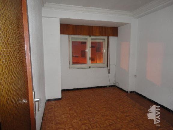 Piso en venta en Zaragoza, Zaragoza, Calle Lugo, 53.875 €, 3 habitaciones, 1 baño, 64 m2