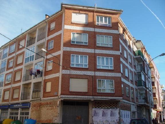 Piso en venta en Briviesca, Burgos, Avenida Mencia de Velasco, 23.189 €, 2 habitaciones, 1 baño, 52 m2