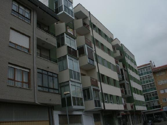 Piso en venta en Medinabella 2, Medina de Pomar, Burgos, Calle Pedro de Medina, 21.375 €, 3 habitaciones, 1 baño, 87 m2