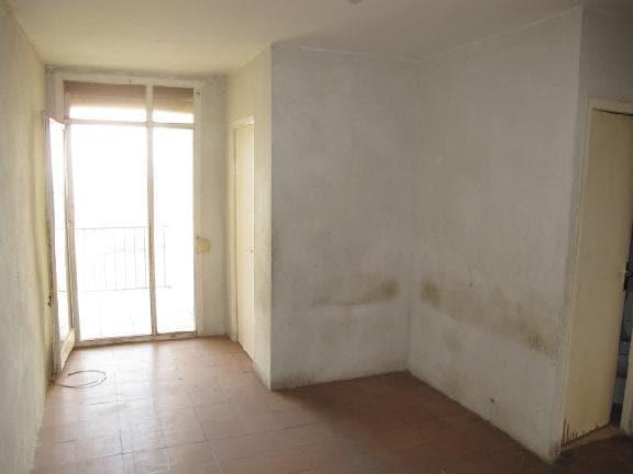 Piso en venta en Piso en Torrelles de Foix, Barcelona, 28.970 €, 3 habitaciones, 1 baño, 61 m2