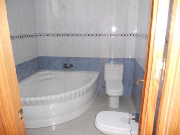 Casa en venta en Distrito Sur, Córdoba, Córdoba, Calle Fez, 60.020 €, 3 habitaciones, 2 baños, 93 m2