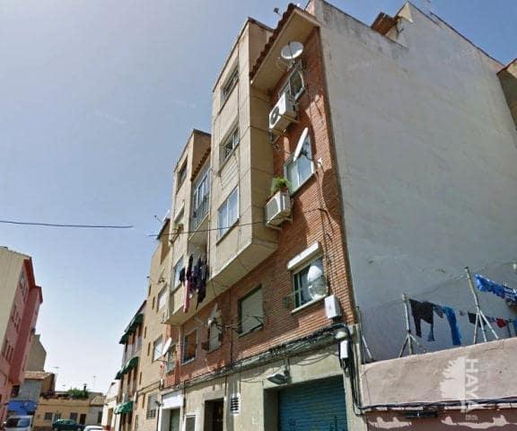 Piso en venta en Oliver, Zaragoza, Zaragoza, Calle Bartolome Llorente, 57.600 €, 3 habitaciones, 1 baño, 81 m2