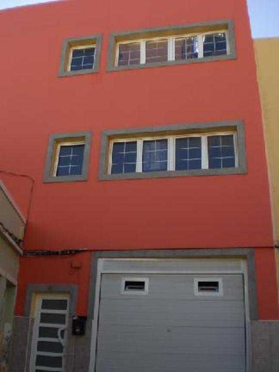 Piso en venta en Carrizal, Ingenio, Las Palmas, Calle Alfonso X El Sabio, 63.000 €, 3 habitaciones, 1 baño, 80 m2