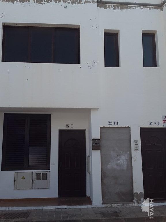 Piso en venta en Arrecife, Las Palmas, Calle Almería, 55.195 €, 2 habitaciones, 1 baño, 77 m2