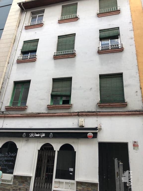 Piso en venta en Ponferrada, León, Calle Ramón Y Cajal, 22.248 €, 3 habitaciones, 1 baño, 88 m2