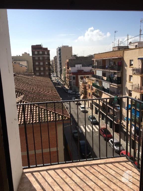 Piso en venta en Grupo San Pedro, Castellón de la Plana/castelló de la Plana, Castellón, Calle Trafalgar, 25.100 €, 3 habitaciones, 1 baño, 62 m2