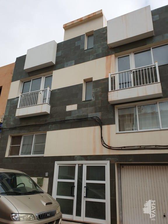 Piso en venta en Las Salinas, Puerto del Rosario, Las Palmas, Calle Juan de Austria, 88.000 €, 1 baño, 92 m2