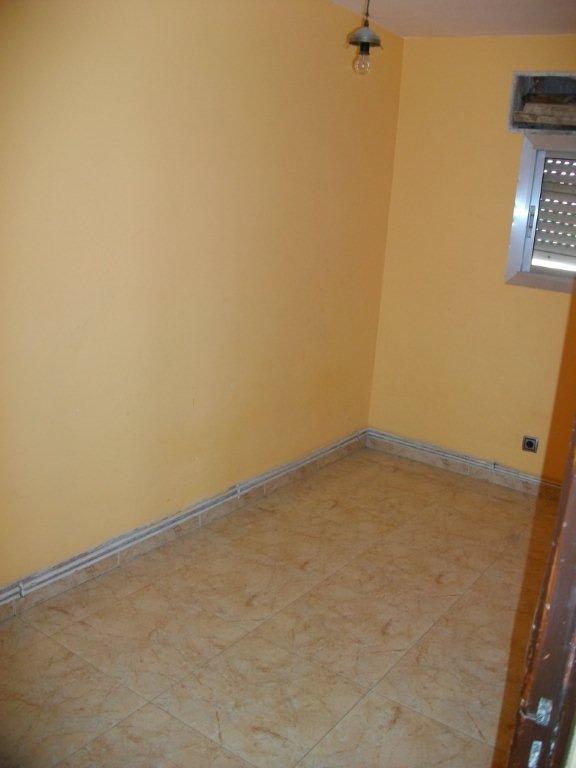 Piso en venta en Gualda, Lleida, Lleida, Calle Princep Joan Carles, 34.891 €, 3 habitaciones, 1 baño, 76 m2