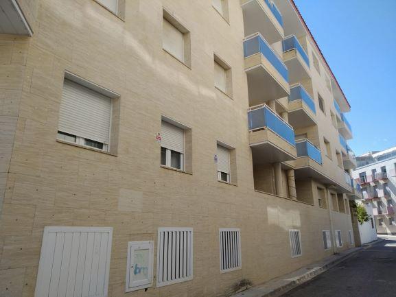 Piso en venta en L` Ampolla, Tarragona, Calle Salvador Espriu, 135.000 €, 3 habitaciones, 113 m2
