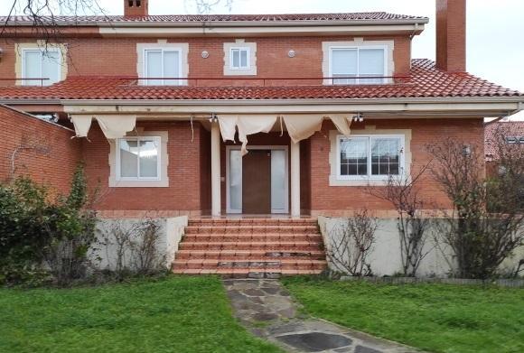 Casa en venta en Villalbilla, Madrid, Calle Italia, 350.000 €, 5 habitaciones, 3 baños, 349 m2