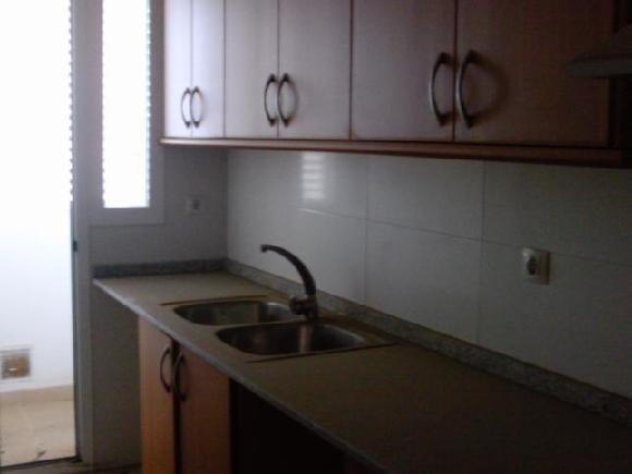 Piso en venta en Valencia, Valencia, Plaza Vicente Añon Marco, 123.000 €, 2 habitaciones, 1 baño, 93 m2
