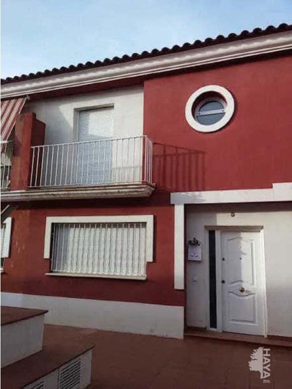 Casa en venta en Tomelloso, Ciudad Real, Calle Habana, 77.900 €, 3 habitaciones, 2 baños, 168 m2