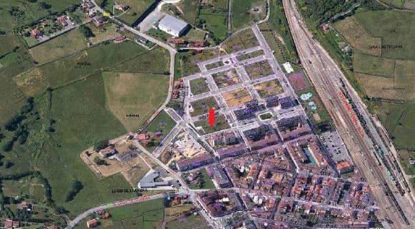 Suelo en venta en Llanera, Asturias, Calle Pracesa, 476.000 €, 1279 m2