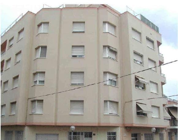 Piso en venta en Amposta, Tarragona, Calle Brasil, 59.300 €, 4 habitaciones, 1 baño, 72 m2